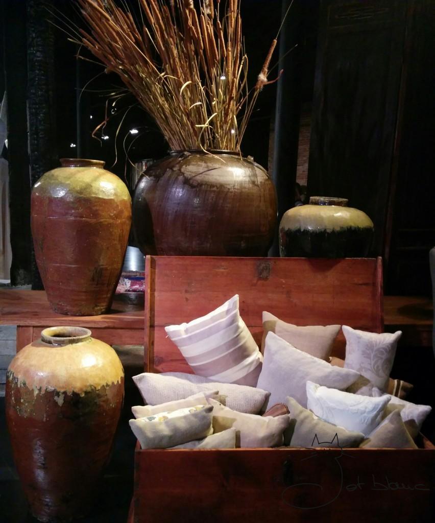 Ceramica, madera y tejido