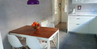 Mesa de cocina/ Kitchen table